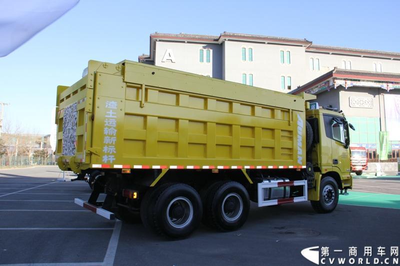 欧曼gtl第三代智能渣土车新品发布图片
