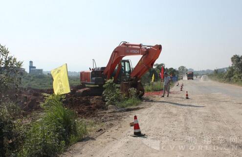 江西:樟吉高速吉水连接线改建工程破土动工