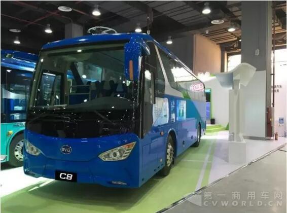 携K8 K7和C8纯电动客车 比亚迪商用车亮相广州公交展高清图片