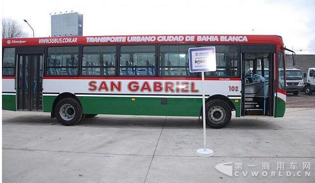 公交车.jpg