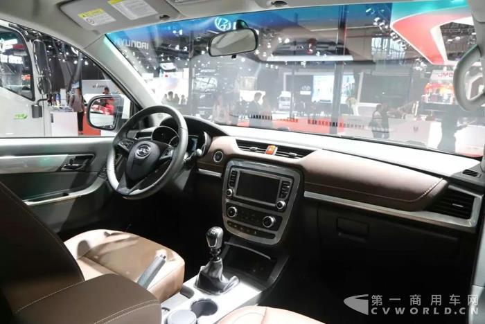 月销量行业第二,江淮帅铃T6皮卡这次玩大了!3.jpg