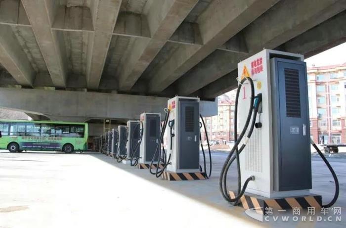 -40℃,凌寒独秀,中通客车创我国新能源公交超低温运营新纪录3.jpg