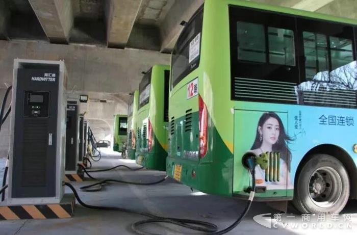 -40℃,凌寒独秀,中通客车创我国新能源公交超低温运营新纪录4.jpg