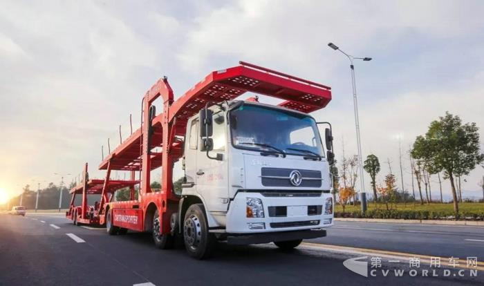一季度交付1100辆,东风天锦中置轴轿运车引领细分市场!.jpg