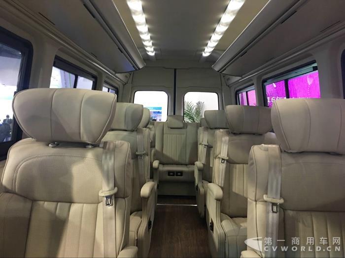 中车7米纯电动客车