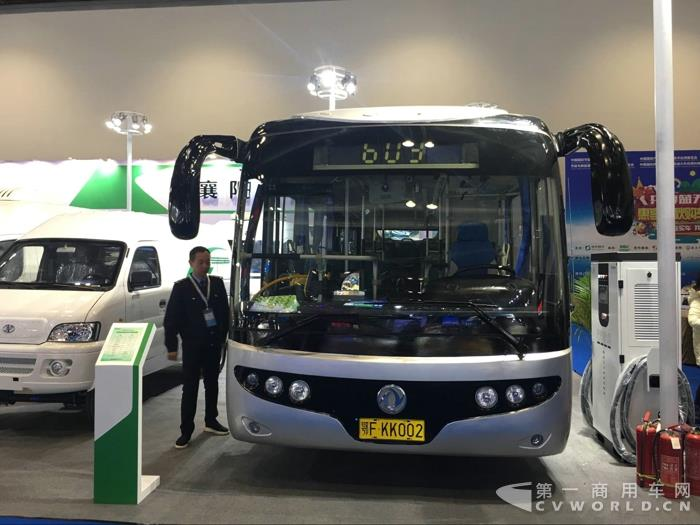 东风襄旅DFA6100EV纯电动城市公交车